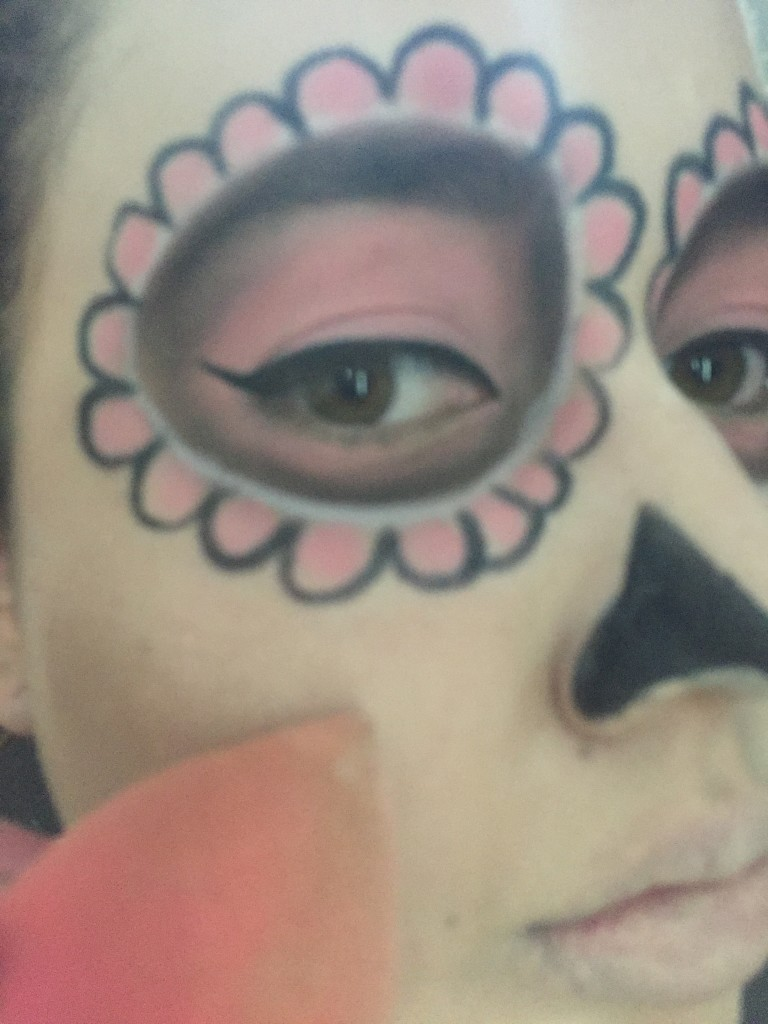 sugars11  Sugar Skull Halloween Makeup Tutorial sugars11 e1445808595237