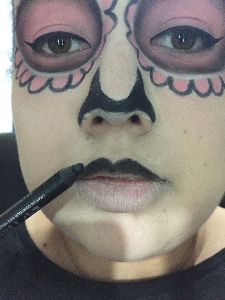 sugars12  Sugar Skull Halloween Makeup Tutorial sugars12 e1445808650216